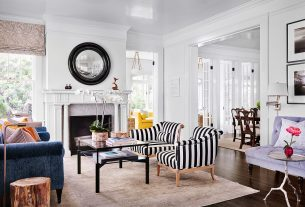 Traditional Accent Chairs