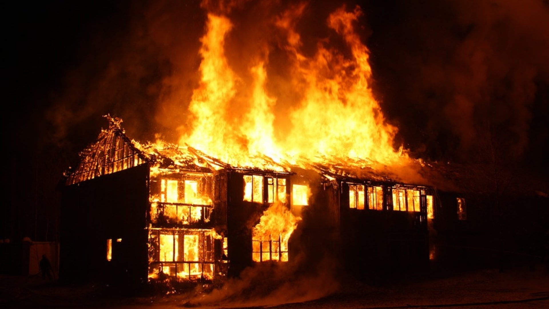 Causes Electrical Flames in Homes?