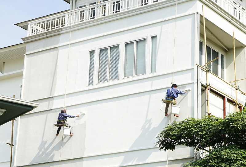 Hiring a Professional for Your Exterior House Painting